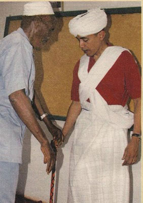 Barry Soetoro (AKA Obama) in full muslim attire